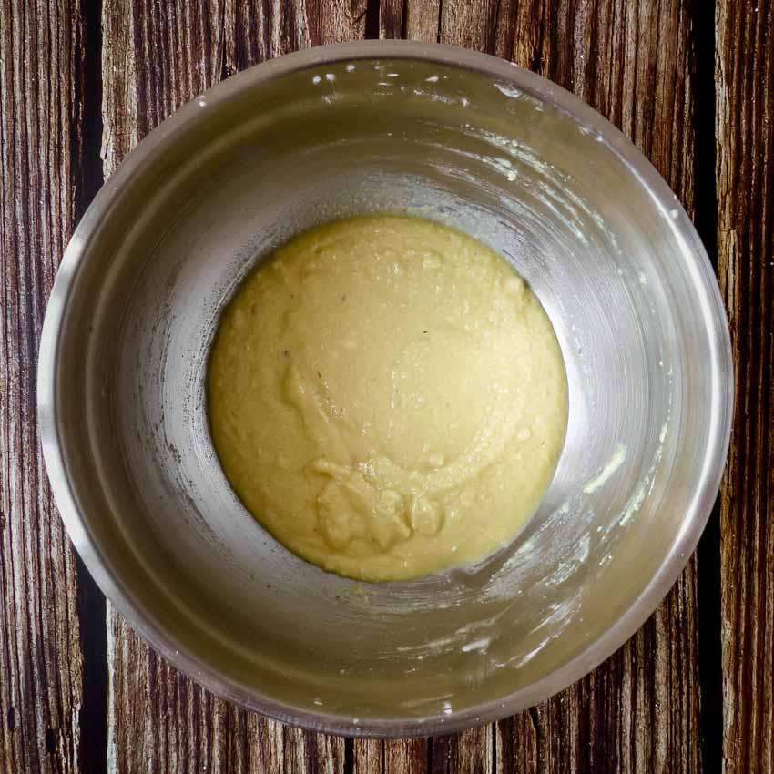 Crème d'amande Tarte rustique aux abricots, amandes et romain